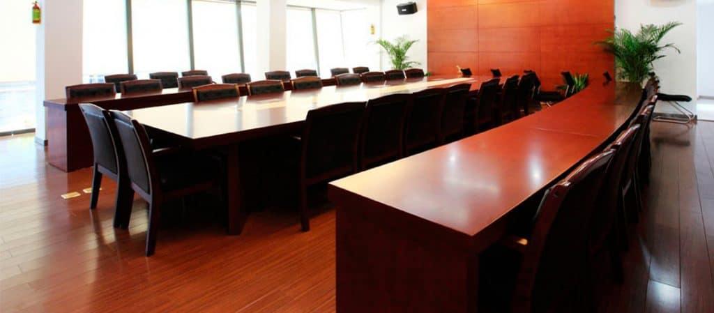 Nettoyage salle de réunion